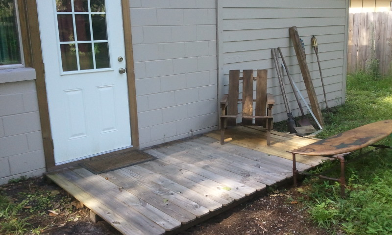 The Stuff I Made I Made A Pallet Chair And A Fence Deck