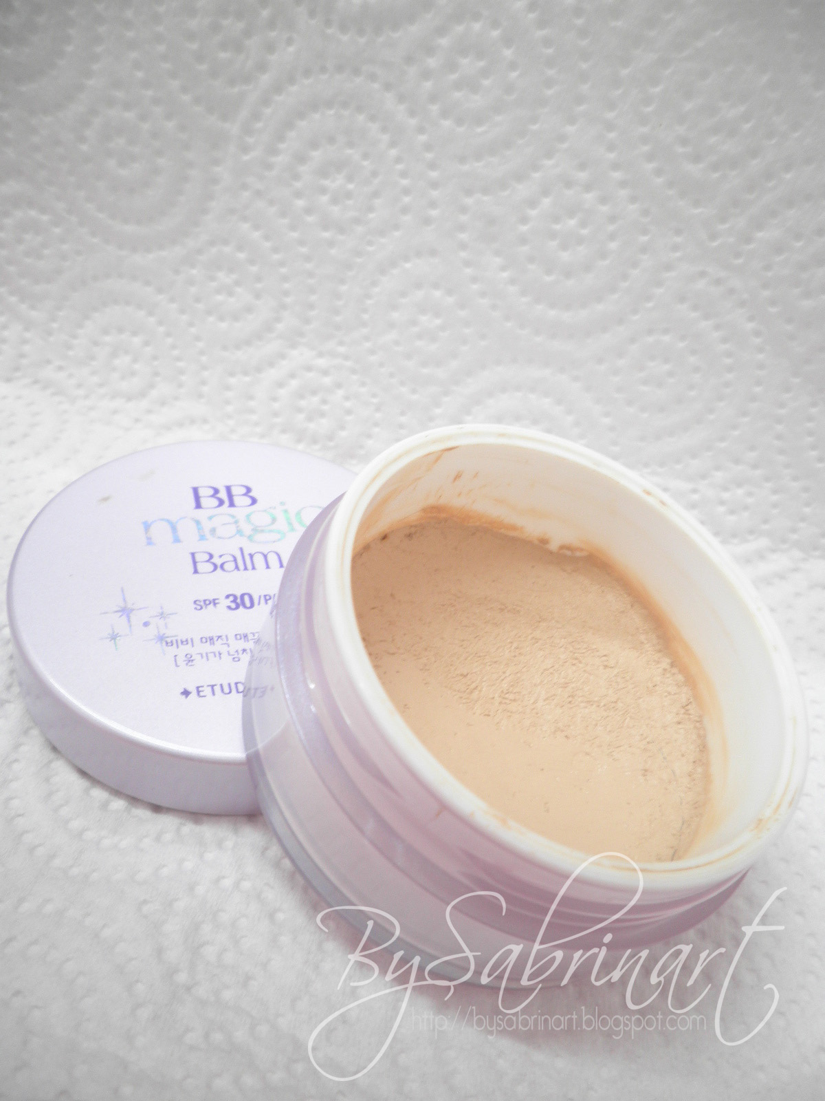 how to make my foundation not look cakey