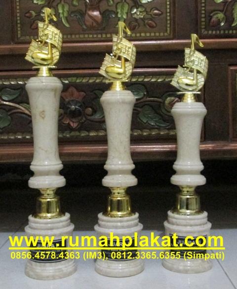 Pusat Trophy, Wedding Trophy, Toko Piala, 0856.4578.4363, www.rumahplakat.com