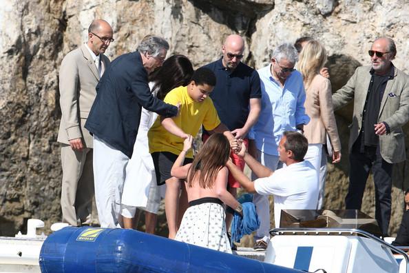 Robert De Niro, wife G...