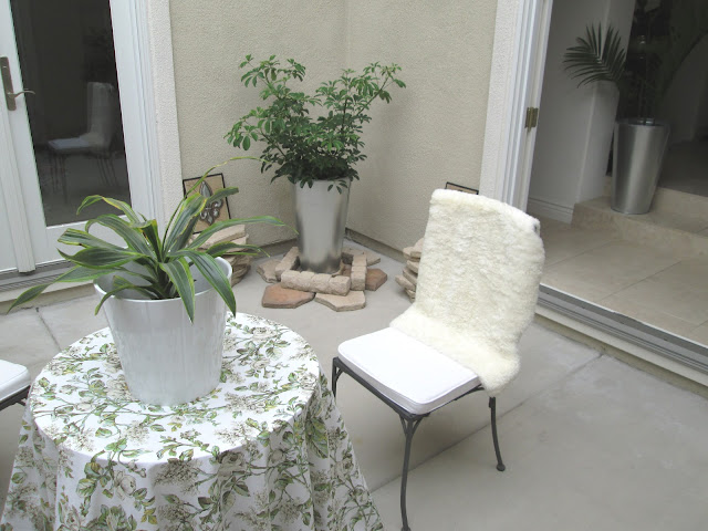 blog.oanasinga.com-interior-design-photos-decorating-our-own-house-the-atrium-work-in-progress-4