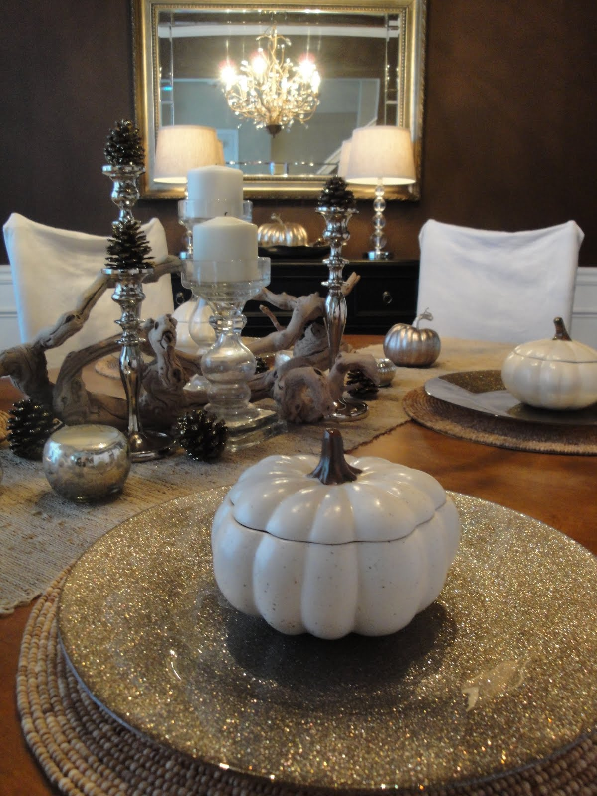 Tiffanyd new dining room painting tips and some fall decor for Makeup by tiffany d dining room