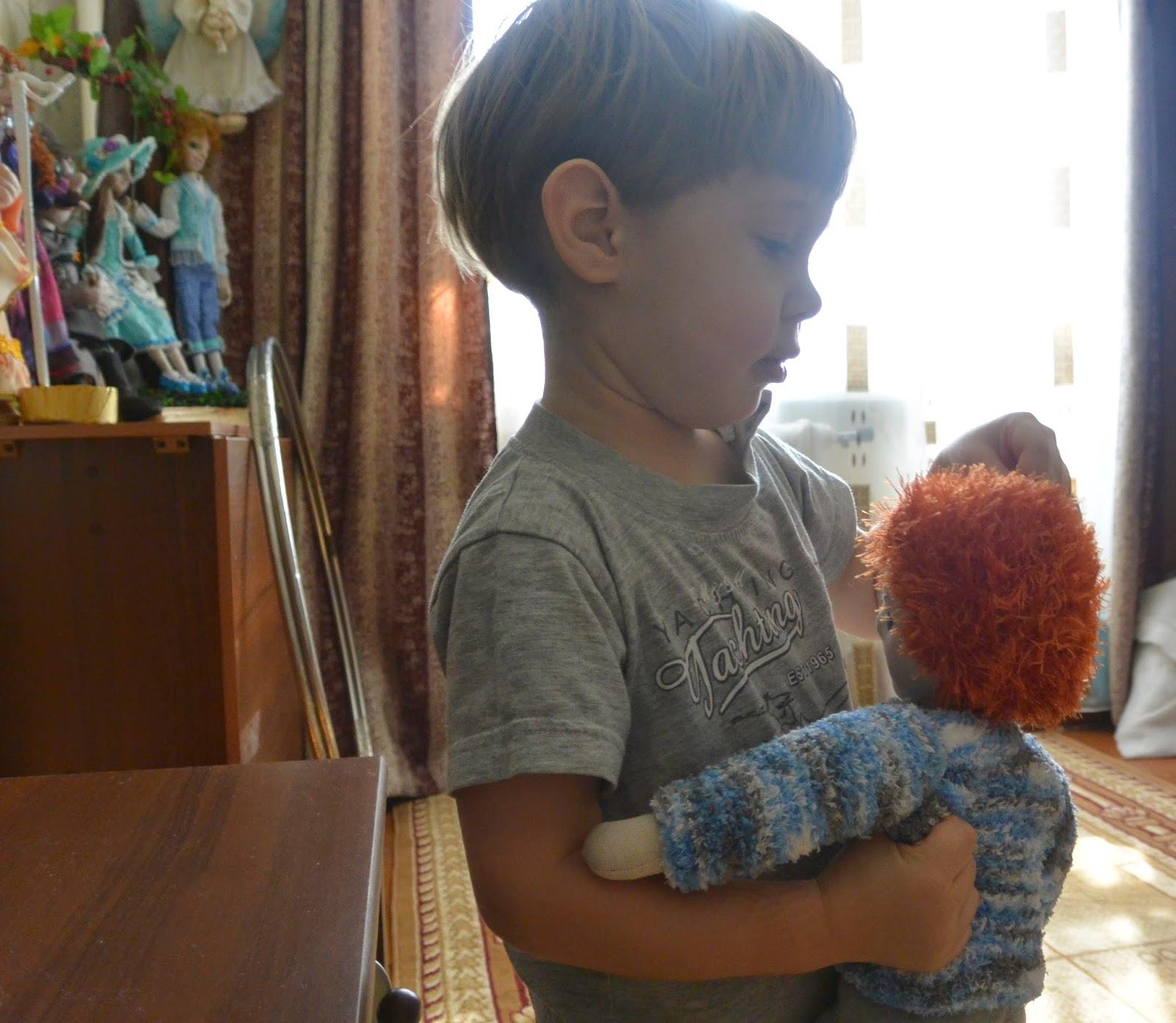 Знакомство с куклой