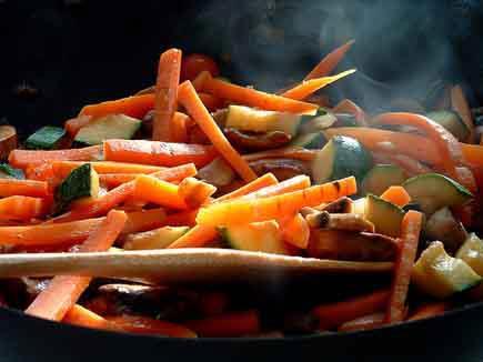 Maestr s del fogon cocinar con wok por merche for Cocinar con wok