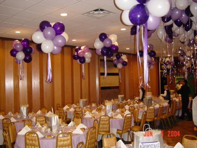 Balloon centerpieces party favors ideas for Balloon decoration ideas for a quinceanera