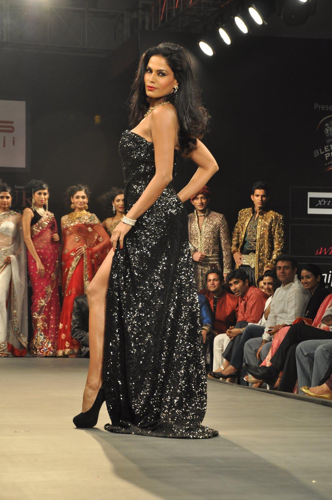 Aruna Singh Fashion Designer