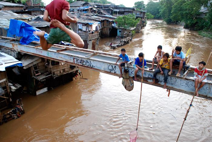 Air Sungai di Jakarta Sekarang Dilevel Aman