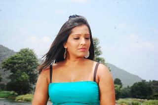 Keerthi Naidu HD Wallpapers (2).jpg