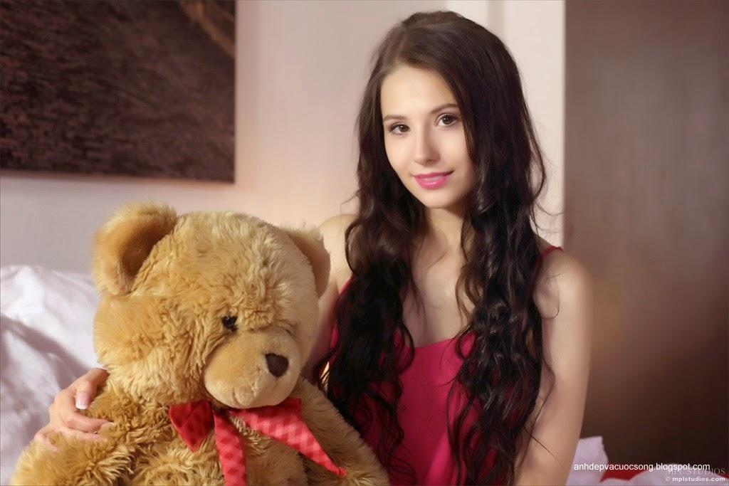 Người đẹp yêu thích gấu bông 7