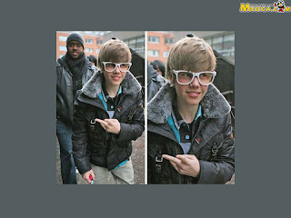 Justin bieber pics walking