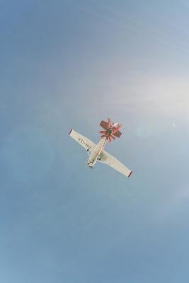 St. Peter-Ording: Fotos eines Tandem-Fallschirmabsprunges über dem ordinger Strand 16