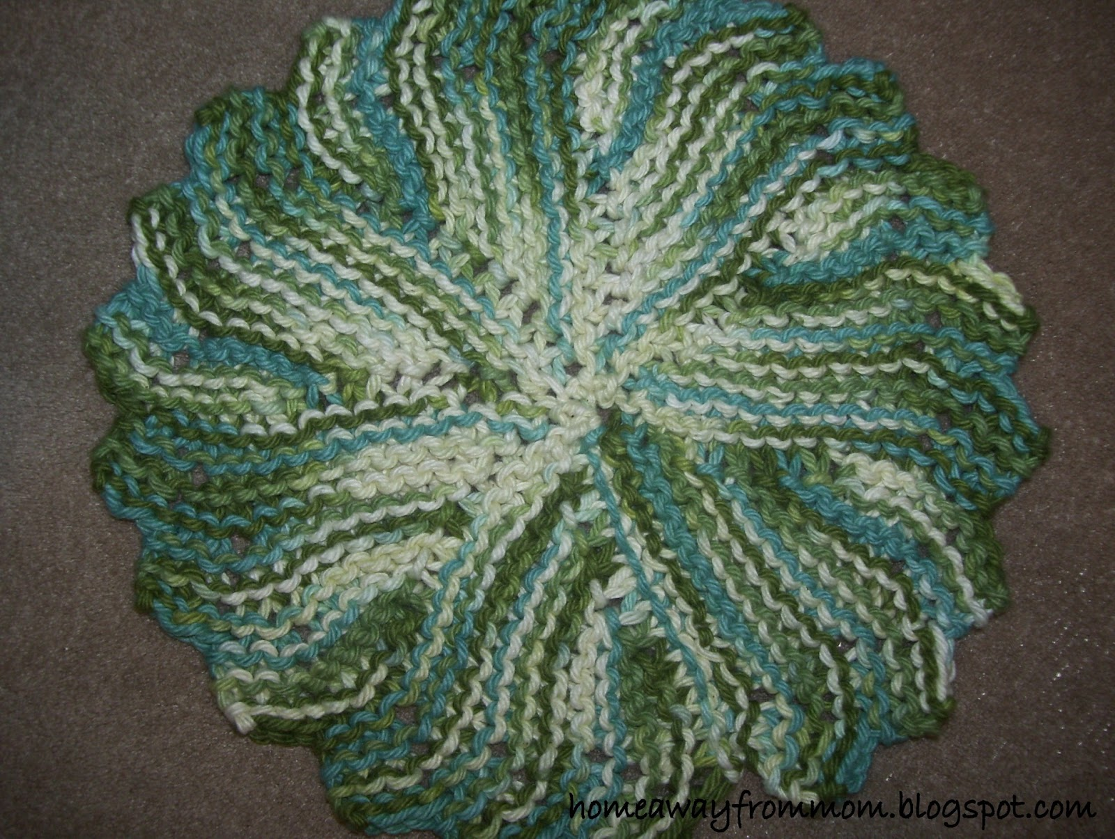 Knitted Circular Dishcloth Patterns : Home Away From Mom 2: Knitting Project #3/ Round Knit Dishcloth
