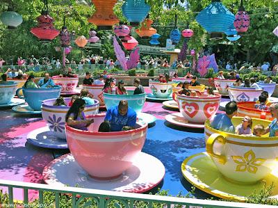 Disneyland Mad Tea party teacups families Fantasyland Alice