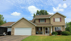 GREAT OPPORTUNITY! 6BR/4BA/3CAR Two Story!