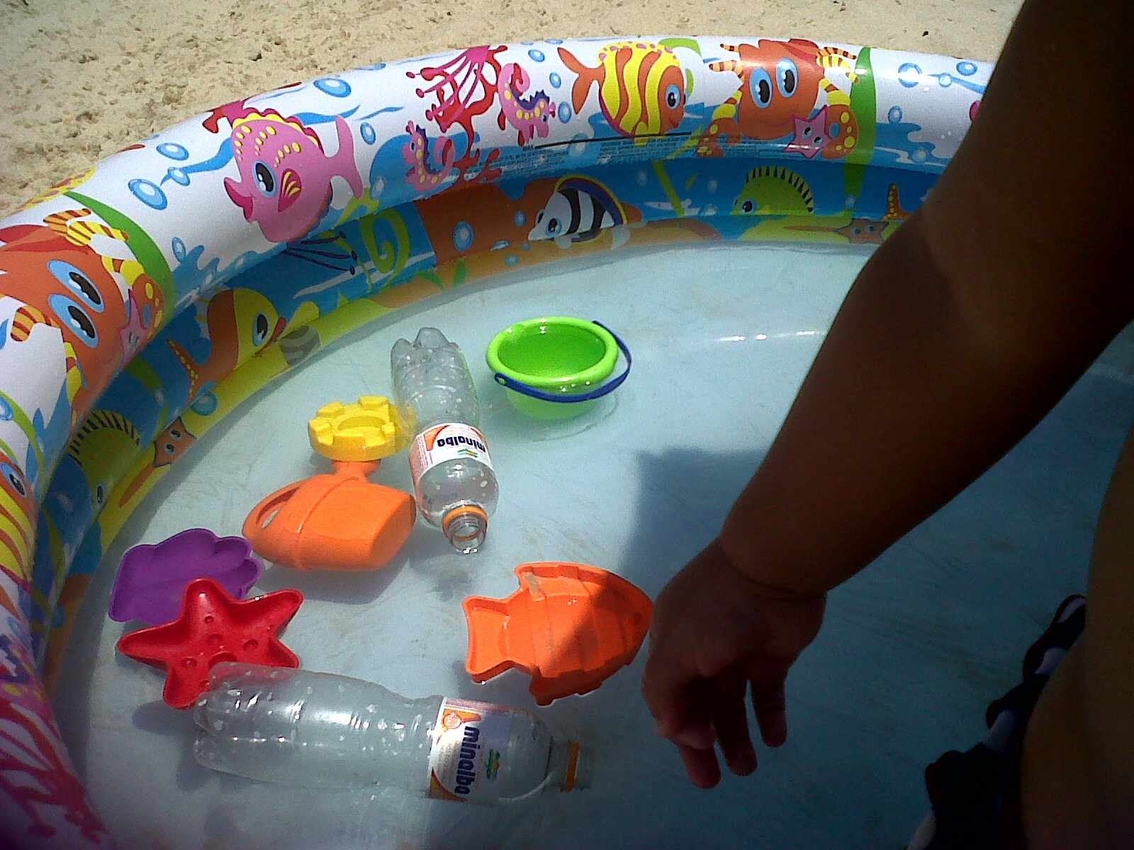 liten pool plast