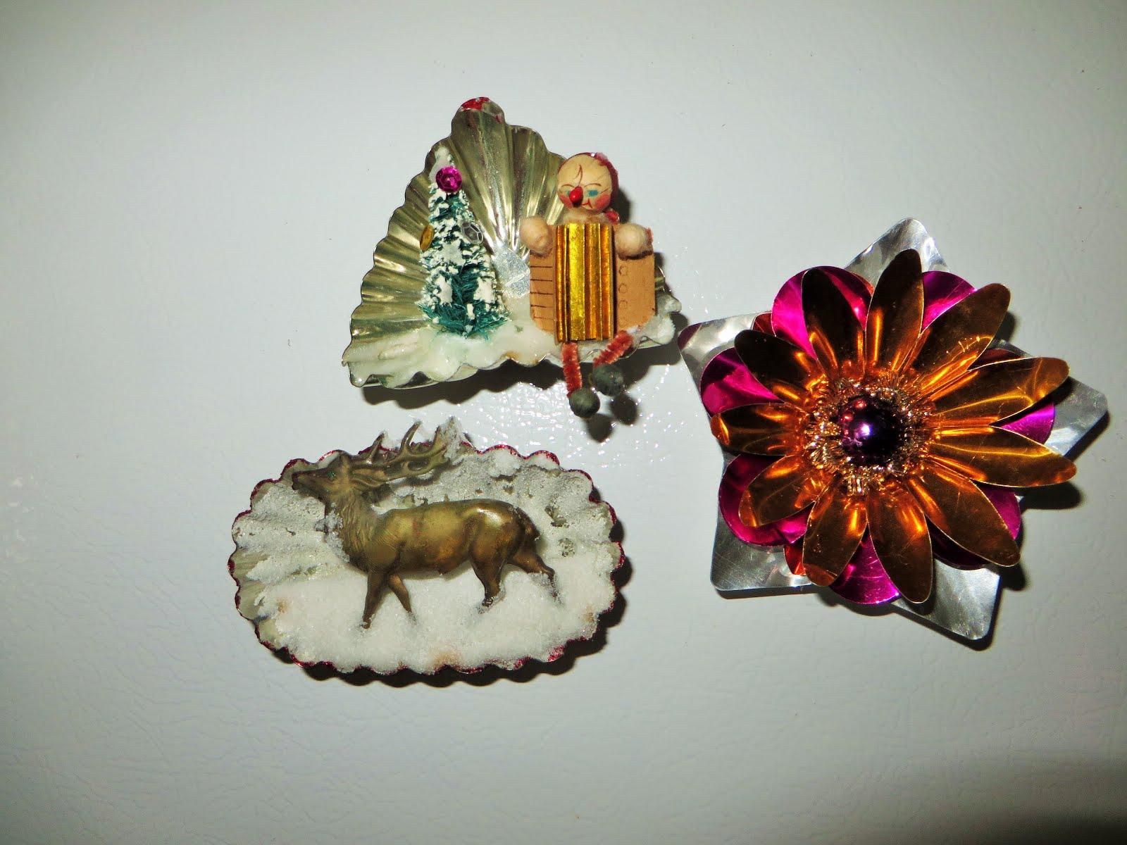 set of Christmas magnets