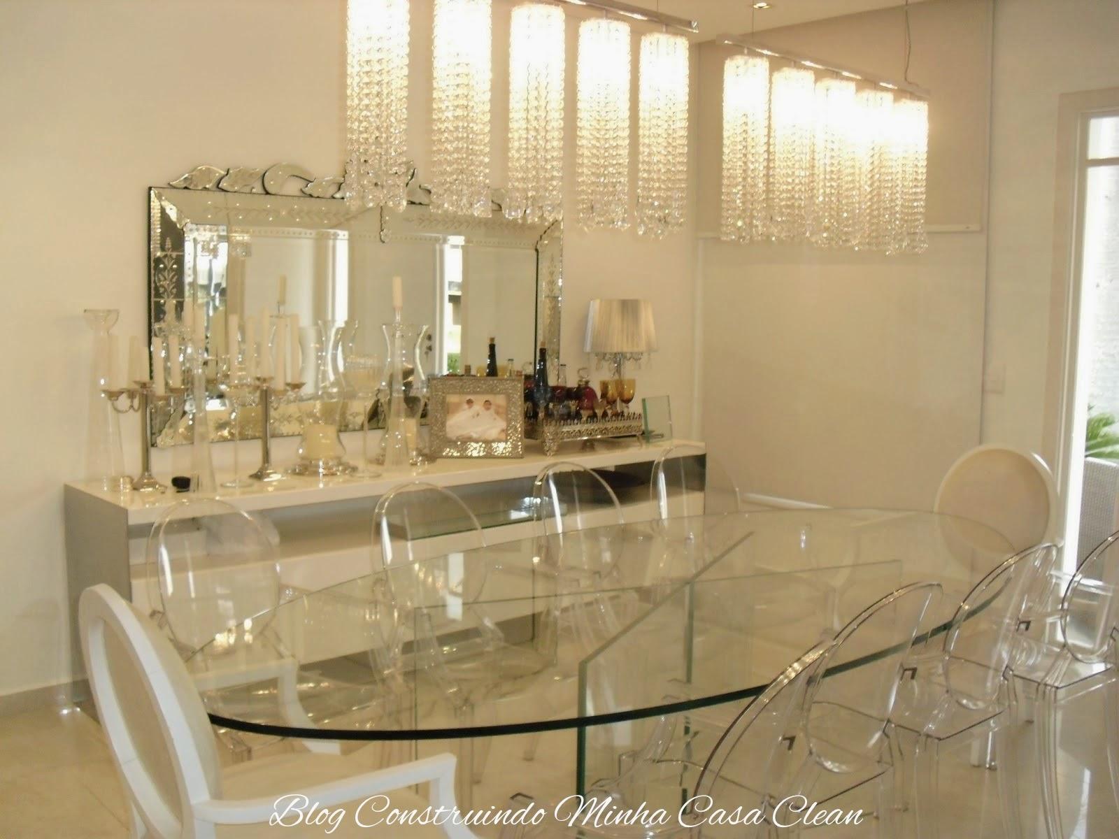 Como Usar Lustre Na Sala De Estar ~ Dois pendentes de cristais! Sala clara com mesa oval de vidro com 6