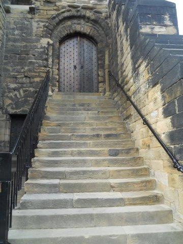 And finally the steps leading up the entrance of the Keep. At first I didn't go up.
