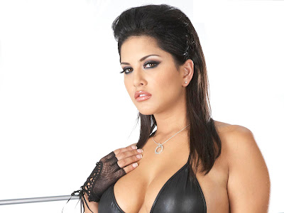 Sunny Leone Actress Wallpapers 02