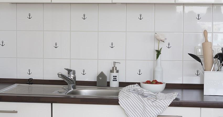 wie versch nere ich eine einbauk che deko hoch drei. Black Bedroom Furniture Sets. Home Design Ideas