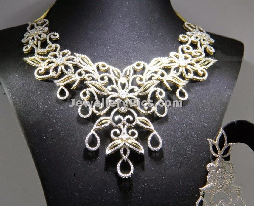 Trendy designer diamond floral necklace