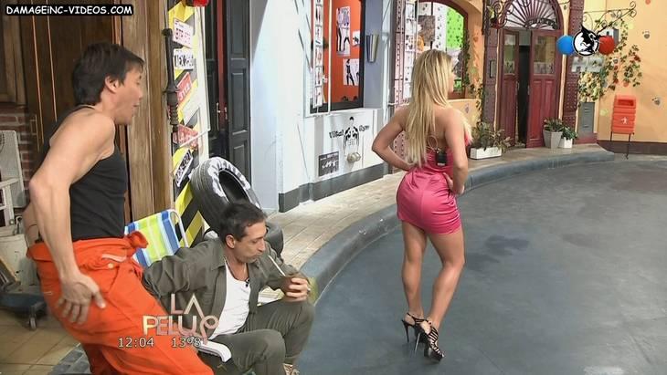 Hot model Ayelen in miniskirt HD video
