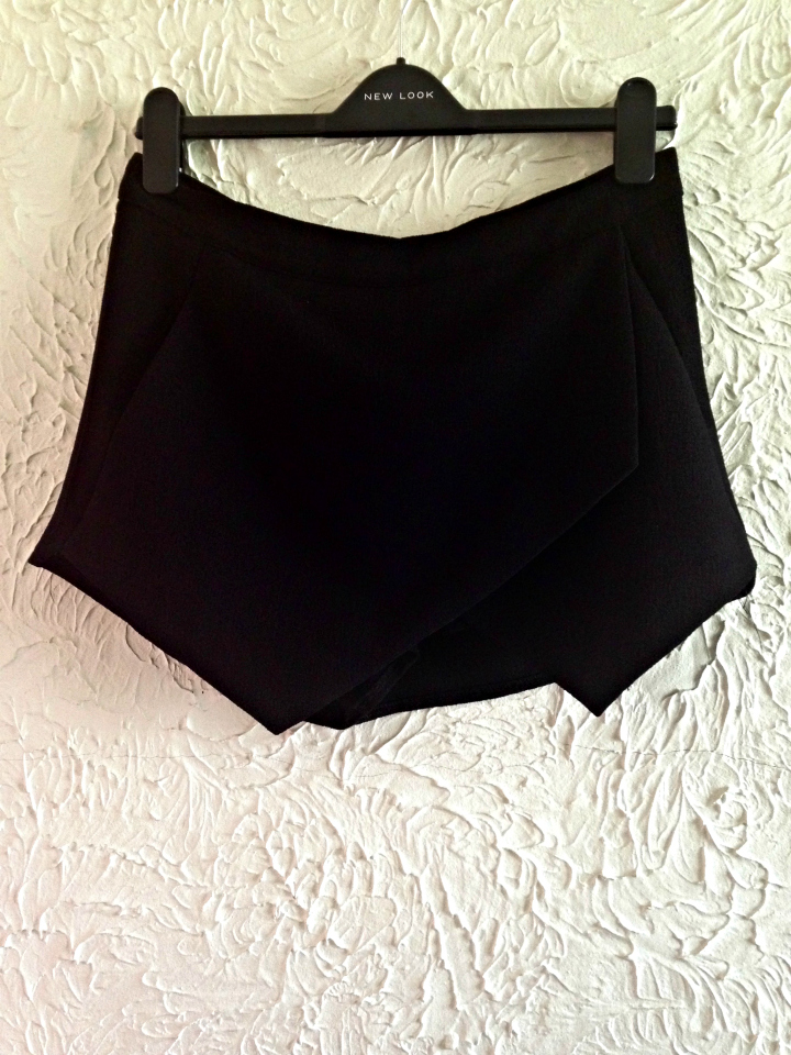 New Look Petite Black Crepe Wrap Skort