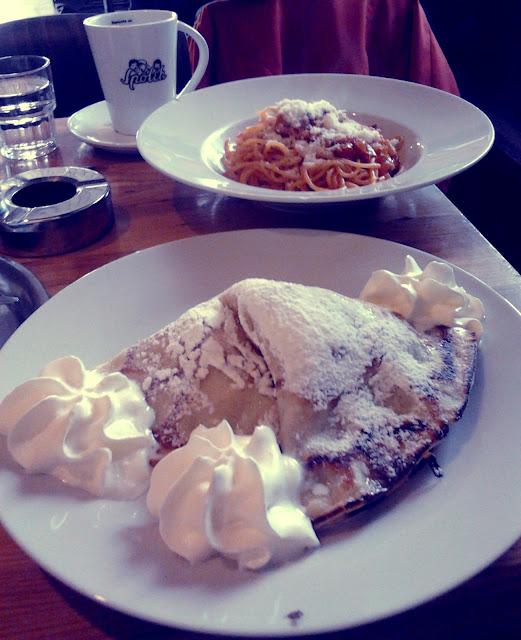 Oběd a káva ve Spolku