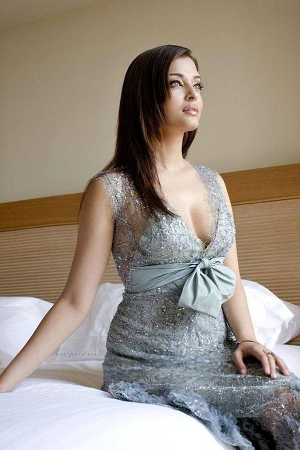 Aishwarya Rai  Stunning Hot  New York City Photoshoot  hot photos