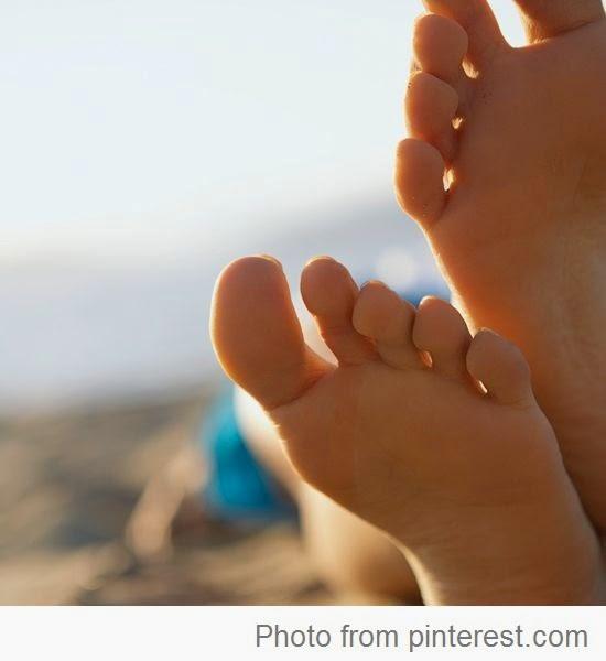 ไม่กล้าเปลือยเท้าเพราะผิวเท้าหยาบกร้าน แถมยังมีตาปลาที่เท้า มีทางแก้ไขจ้า