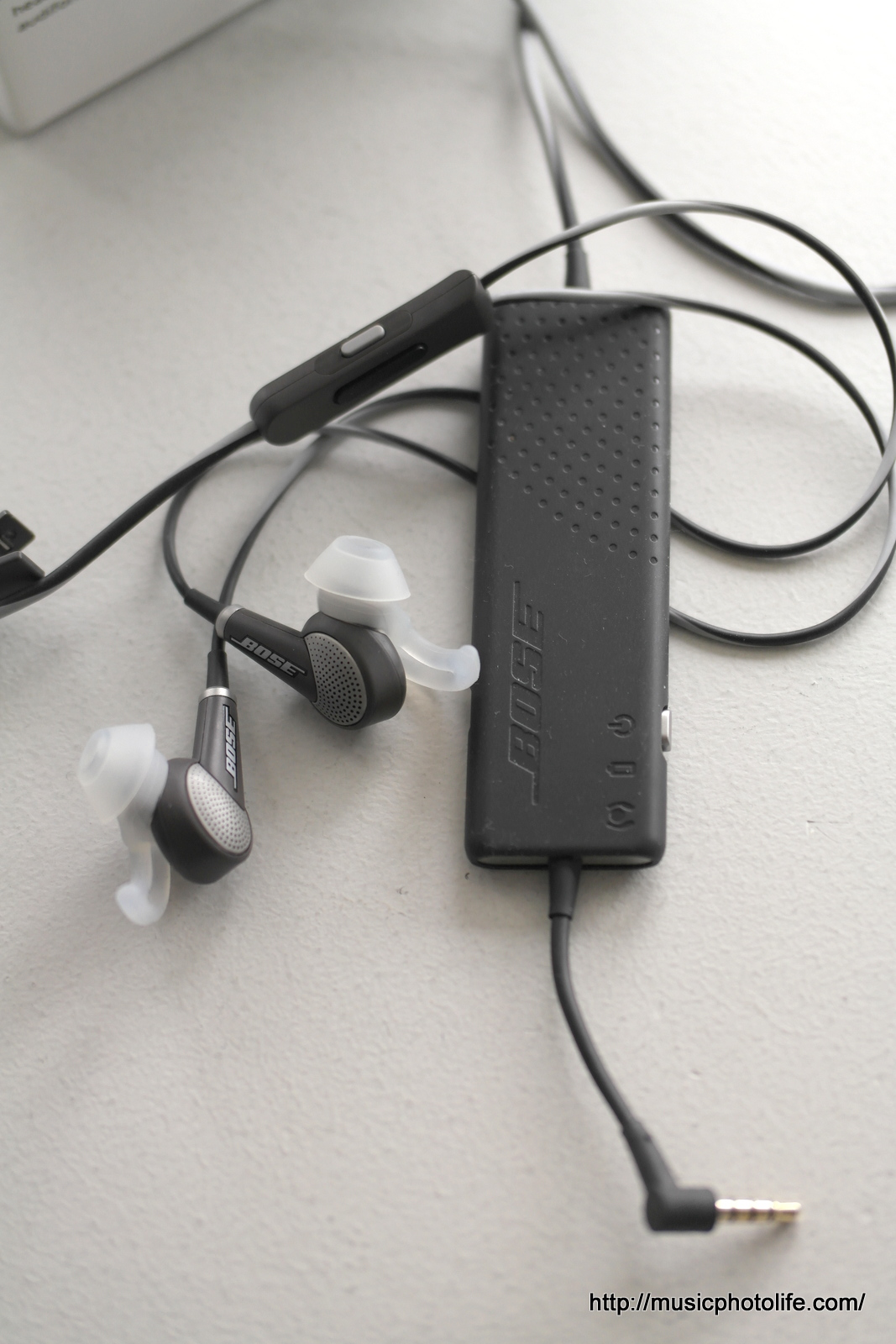 Music.Photo.Life.: Bose QC20 Noise-Cancelling Earphones: Review