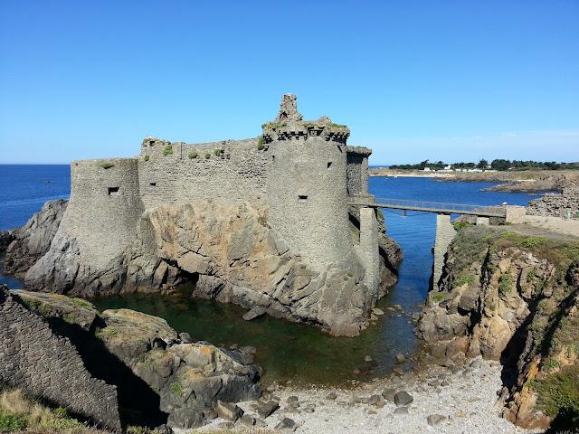 Vieux château, Ile d'Yeu, bullelodie