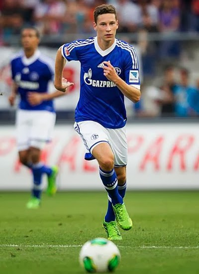 Julian Draxler Schalke 04 Midfielder Arsenal Transfer 20132014