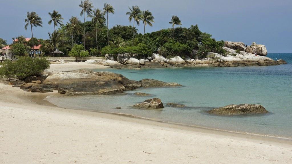 Pantai di Bangka Belitung