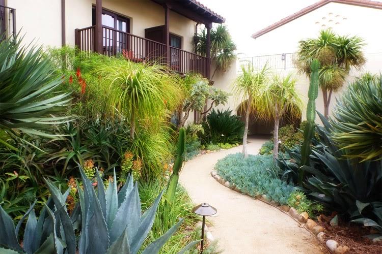 La Estancia La Jolla Hotel gardens