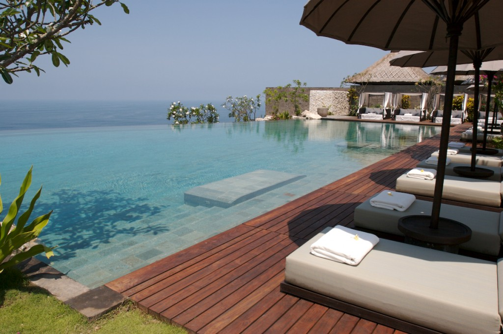 Passion for luxury fantastic bulgari bali resort for Hotel di bali indonesia
