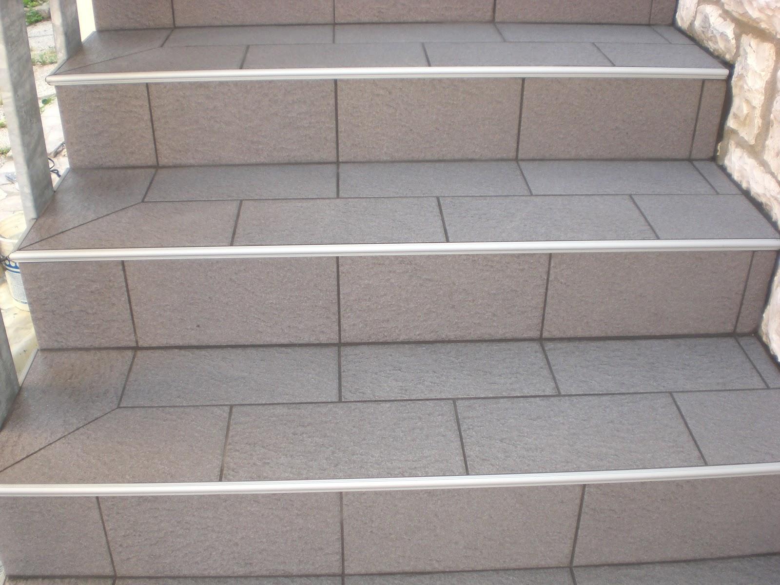 Scale for Profili per gradini in acciaio