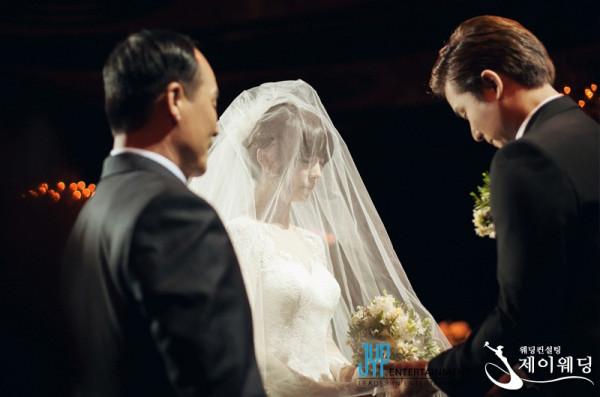 Sunye Upacara Pernikahan 02