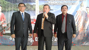 Lelang Lagu Ketum PPTSB Mangihut Sinaga di Pesta Bona Taon PPTSB Wilayah Sumsel