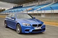 BMW M5 Culoare Frozen Blue