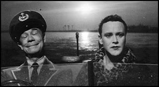 Joe E. Brown y Jack Lemmon en Con faldas y a lo loco