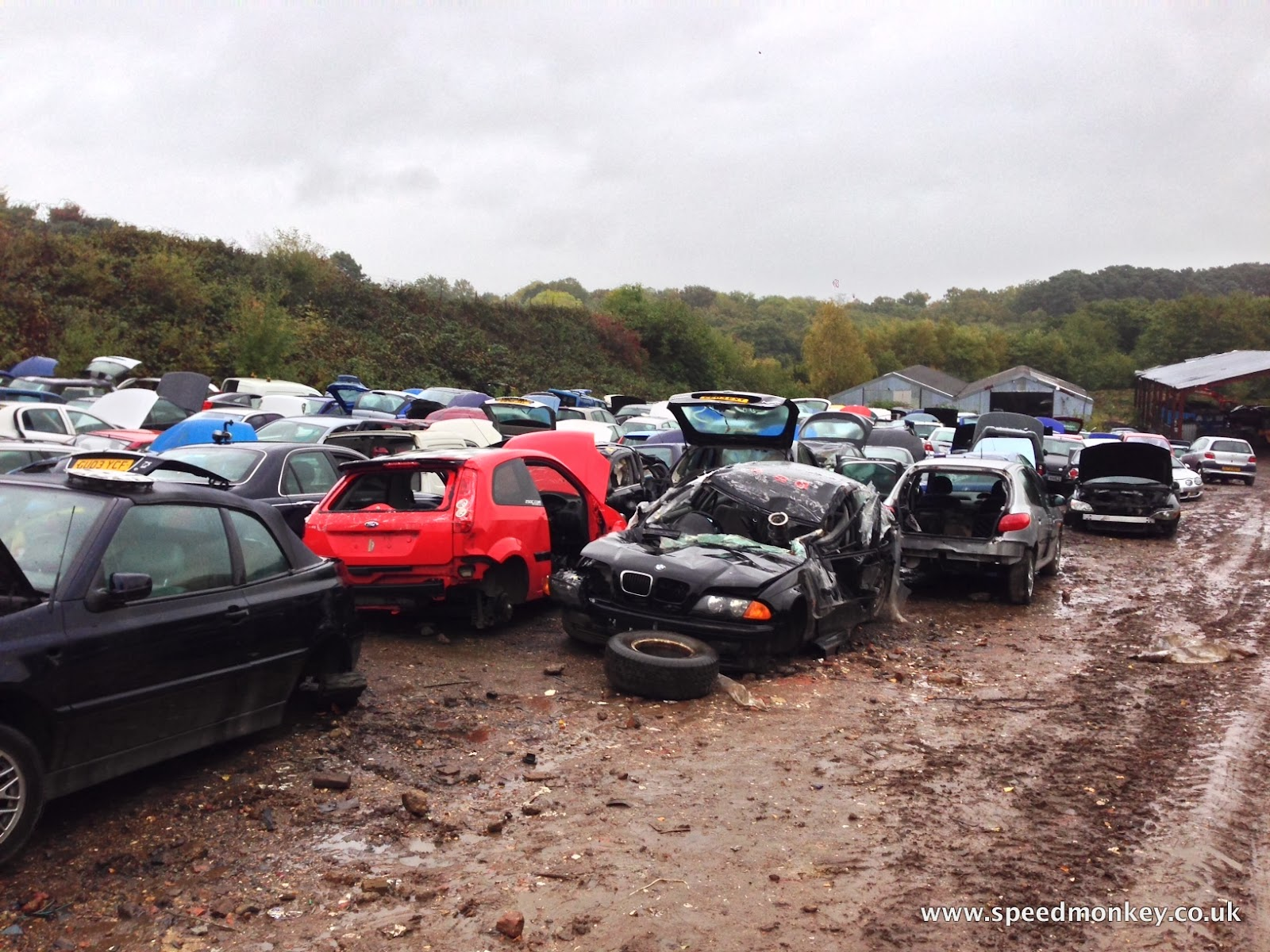 Speedmonkey: How To Save A Fortune By Getting Car Parts From A Scrapyard
