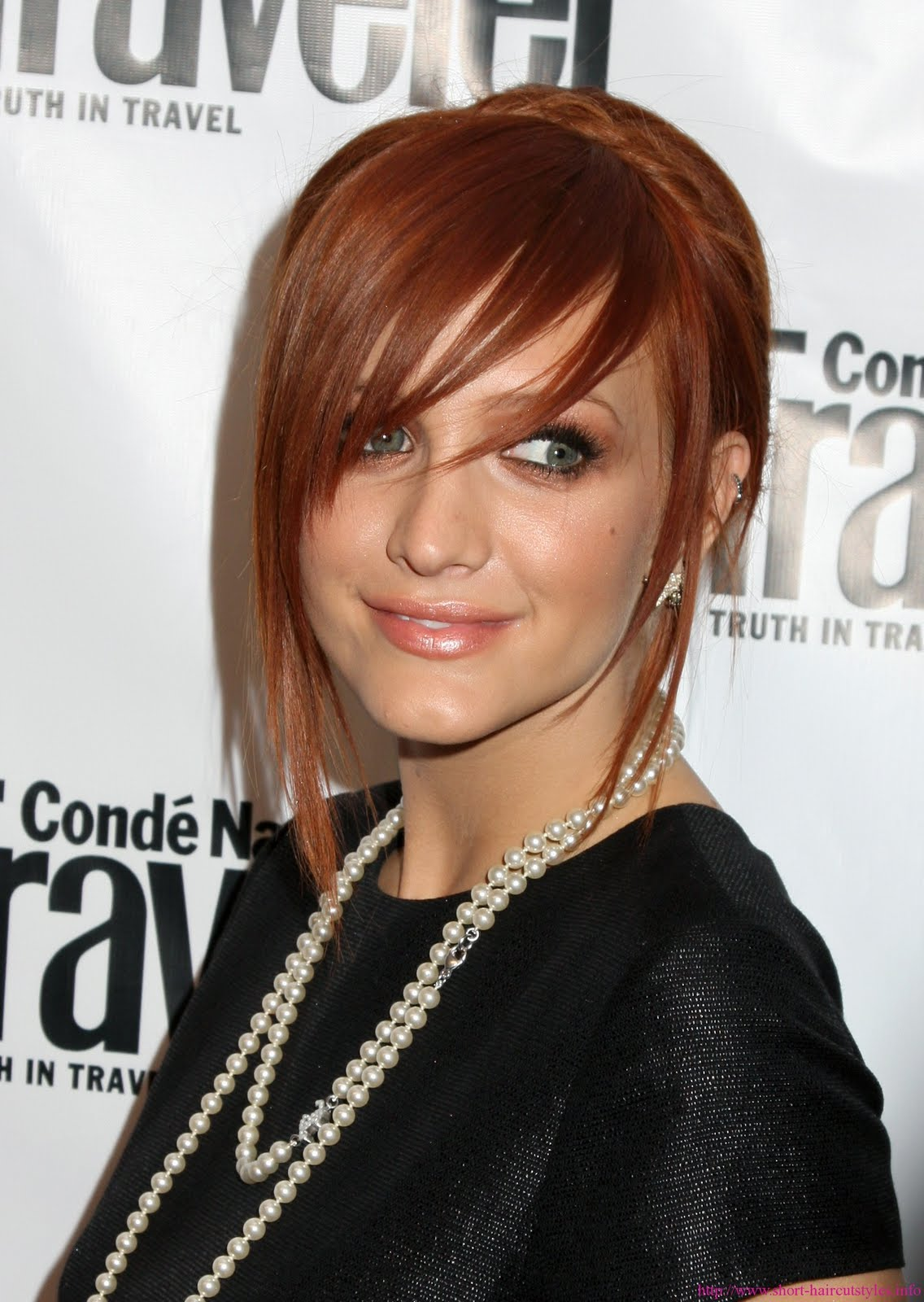 http://4.bp.blogspot.com/-A-AwTpN7FyI/TbrcWuB6l6I/AAAAAAAAARQ/OJZfZTs3IWo/s1600/Celebrity-Haircut.jpg