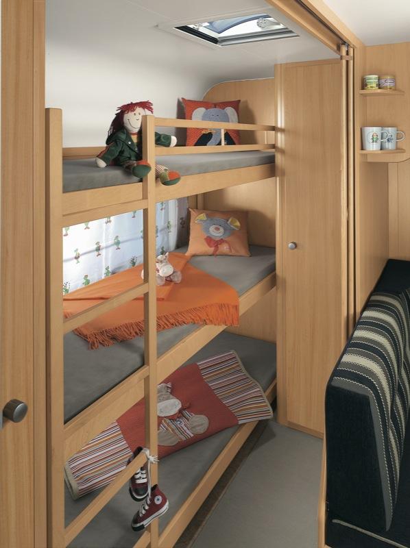 Kampeerblog: INFOFICHE - CARAVAN : Dethleffs Camper 560 SK (2012)