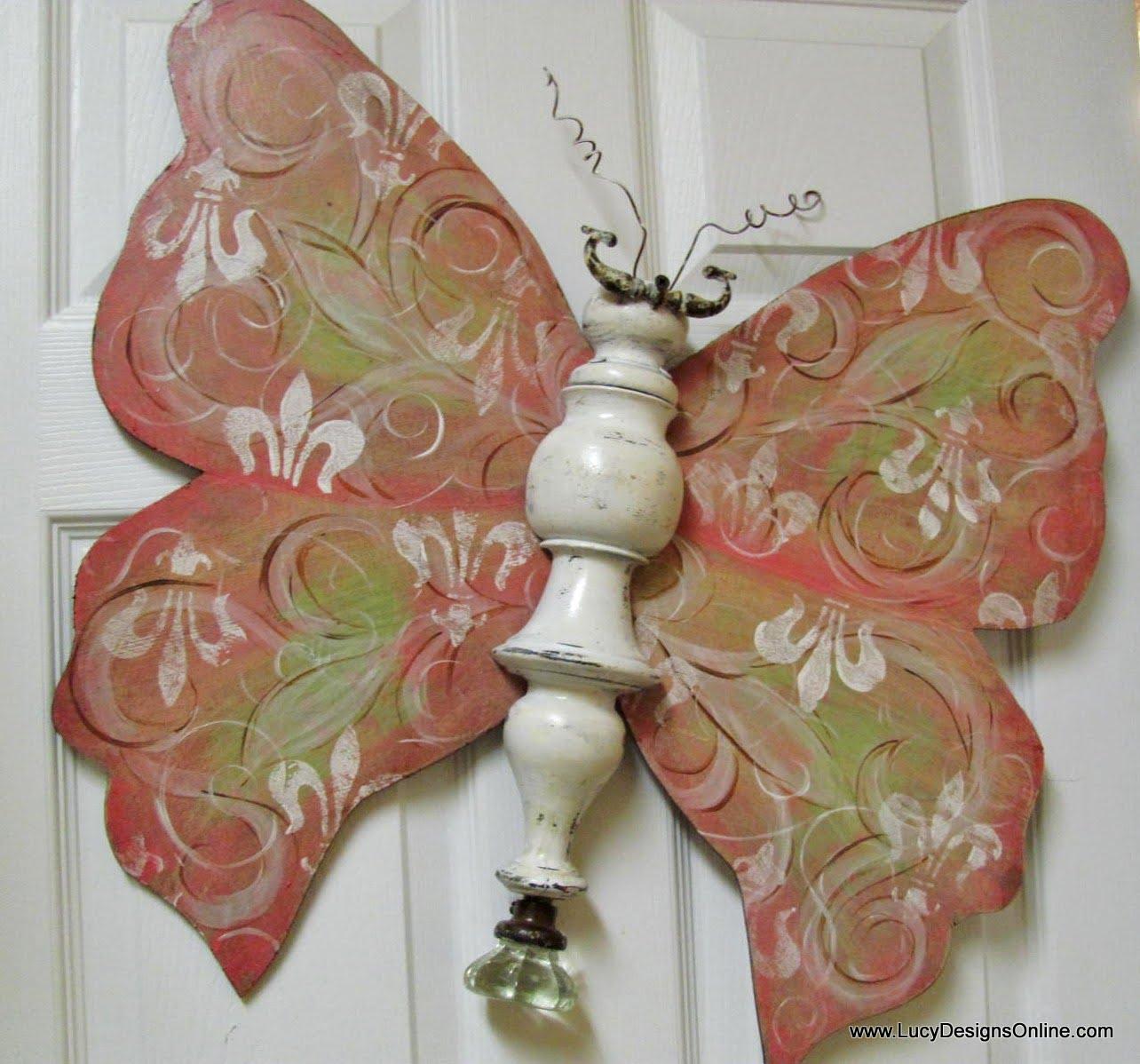Cool fleur de lis butterfly