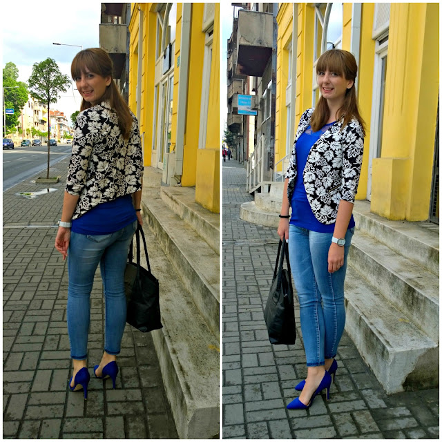 http://sanjaburgundy.blogspot.com/2015/05/blue-pops.html