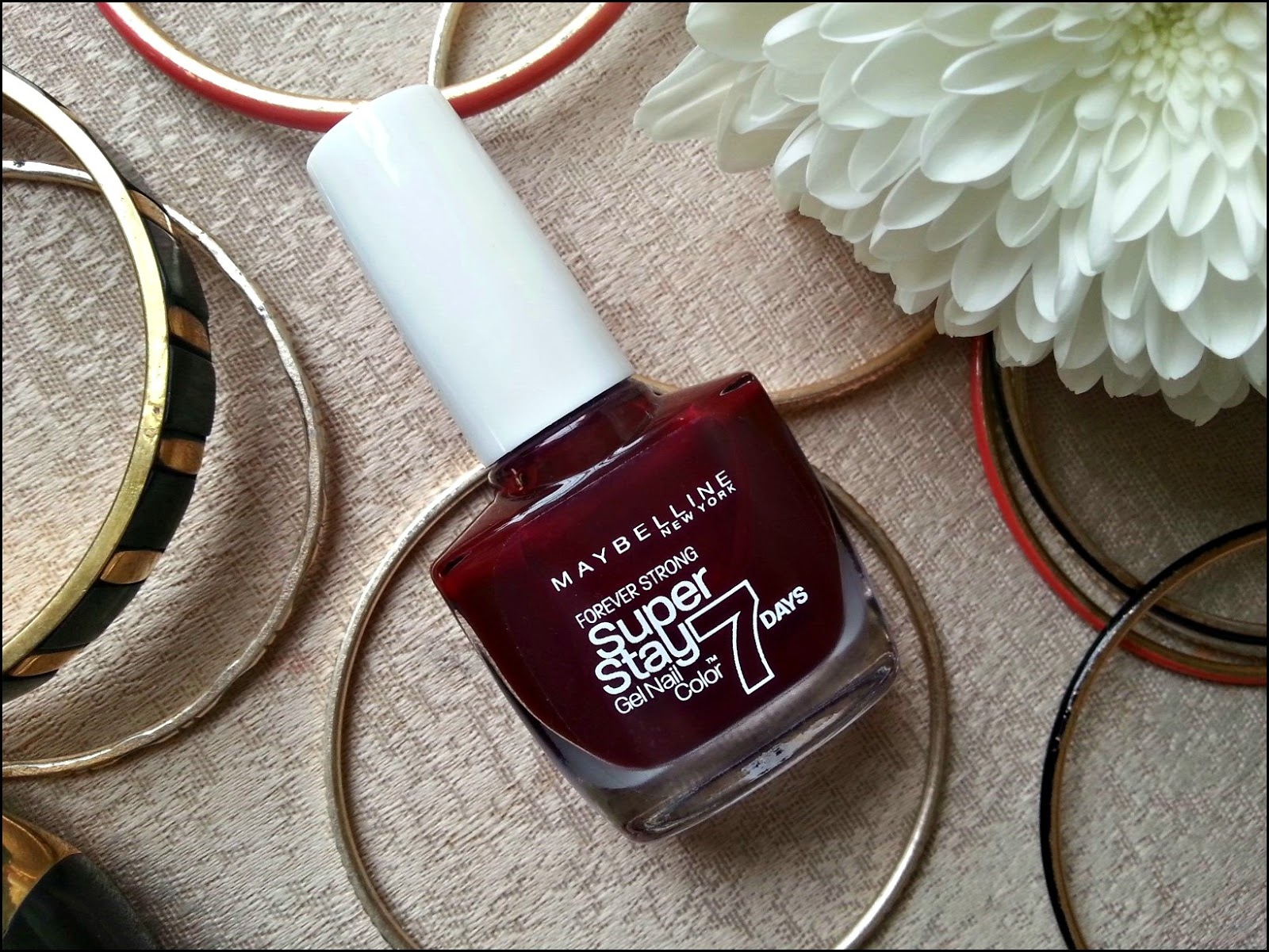 Maybelline Gel nail in Midnight Red