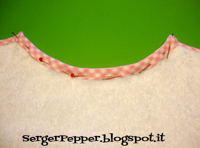 simple sewing bibs bias serger-pepper