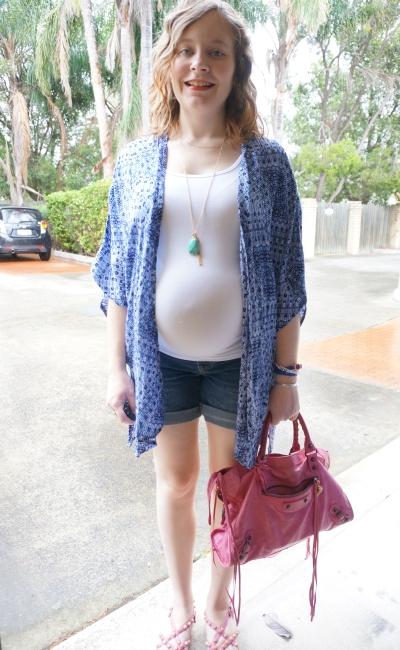 Away From Blue | New Look Petite print kimono maternity singlet boyfriend shorts pregnancy
