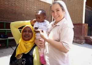 Los misioneros reciben las ayudas del Domund